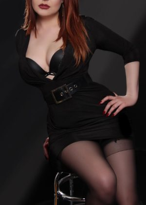 Toronto escort Arielle Non-smoking Young Redhead European Duo Couple-friendly Disability-friendly