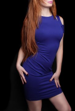 Toronto escort Scarlett New Photos Non-smoking Mature Redhead European Duo