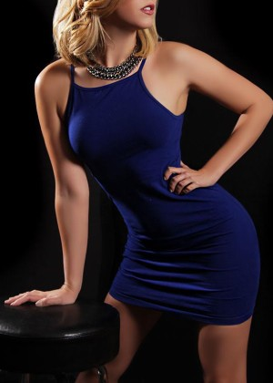 Toronto escort Justine New Non-smoking Young Blonde European Petite Duo Couple-friendly Disability-friendly