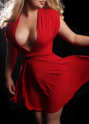 Toronto escort Lana Non-smoking Young Blonde European Duo Couple-friendly Disability-friendly