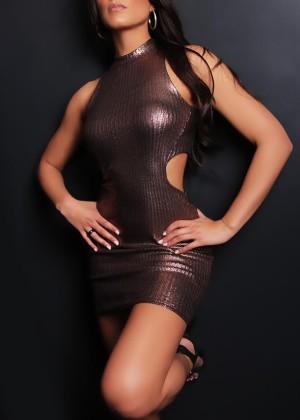 Toronto escort Kianna Non-smoking Mature Brunette Asian Exotic