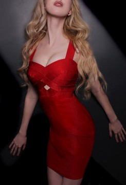 Toronto escort Juno Duo Couple-friendly Disability-friendly European Blonde New Young New Photos