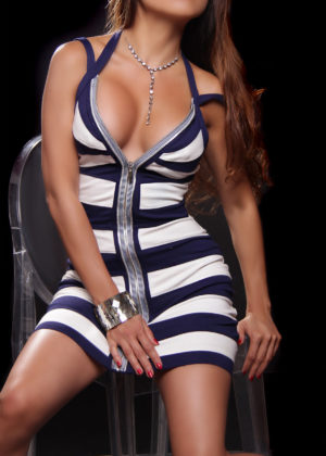 Toronto escort Tia Mature Brunette Asian Exotic Petite