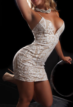Toronto escort Hillary Returning Non-smoking Young Blonde European Duo Couple-friendly Disability-friendly
