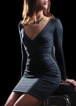Toronto escort Mika New Photos New Young Brunette Asian Exotic Couple-friendly Disability-friendly